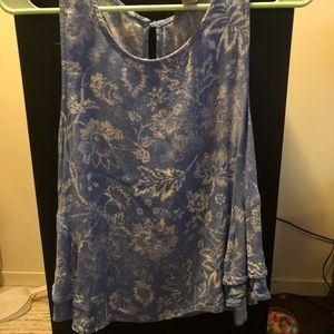 Blue and white floral patterned tank